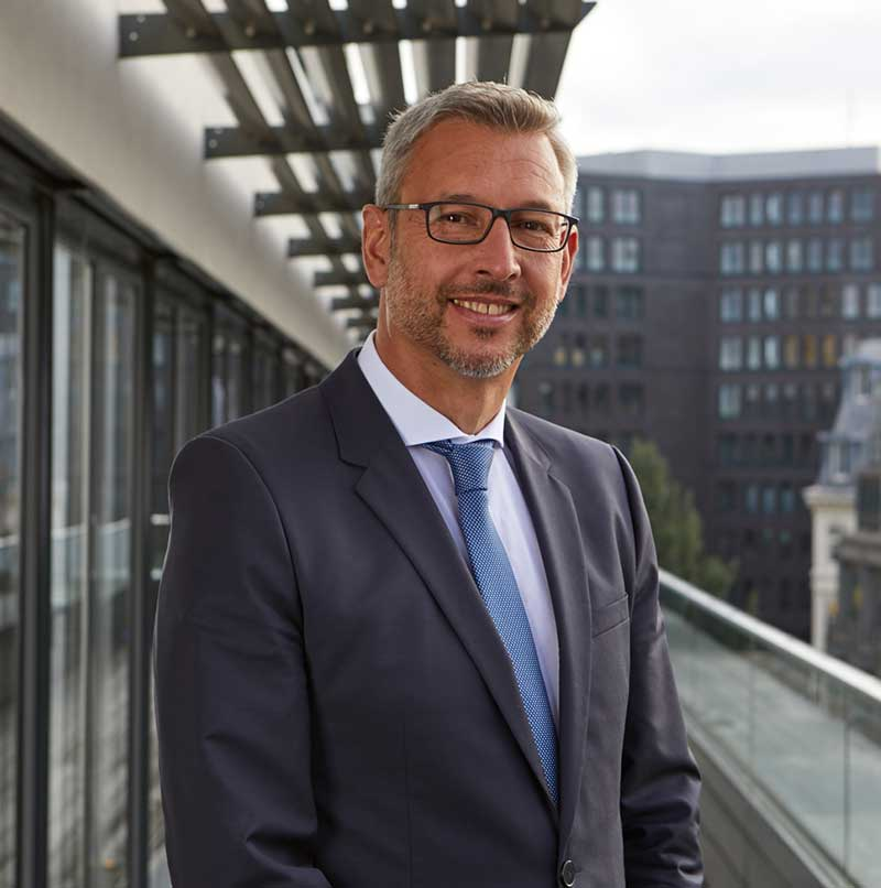 Dr. Jan-Peter Horst